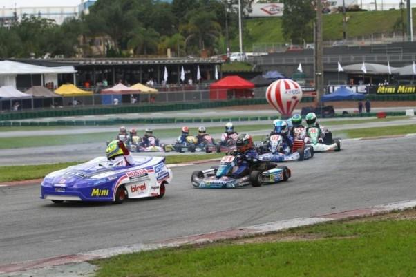 Foto: Flávio Quick – Uma das diferenças do GP RBC é a entrada do Pace-Kart