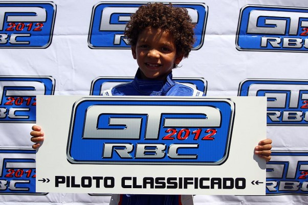 Foto: Flávio Quick - Apenas em sua terceira corrida oficial o pequeno Leonardo Cortez se classificou para o GP na categoria Mirim.