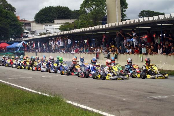 Foto: Flávio Quick – FASP espera mais de 100 pilotos para mais uma corrida em Interlagos.