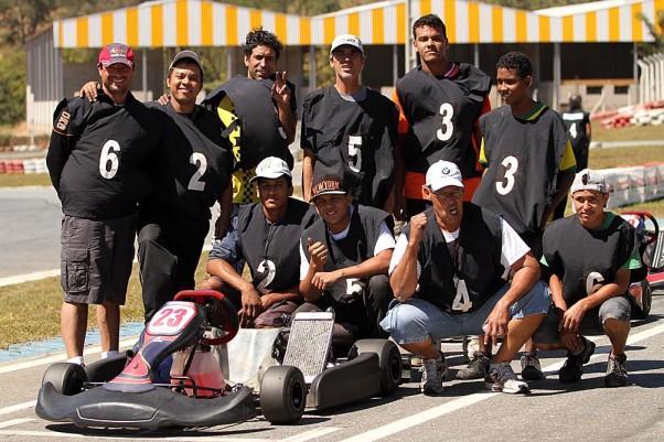 Foto: Flávio Quick - Os mecânicos já estão com tudo pronto para os pilotos acelerarem na pista!