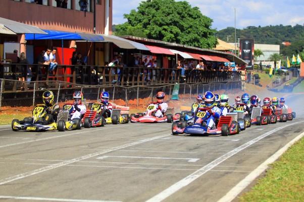 Foto: Luiz Pinheiro (Quick Comunicação) - Vieira largou na primeira fila do GP Lubrax.