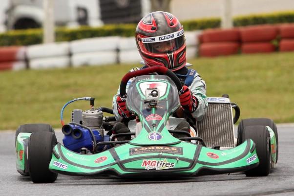 Foto: Flávio Quick - Gustavo Zwetkoff conquistou o título da Copa Sudeste assim como as vagas para o GP RBC e a Copa de Kart das Federações.
