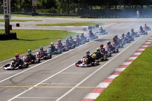 Foto: Flávio Quick - Grids cheios e muita competitividade marcaram a etapa.