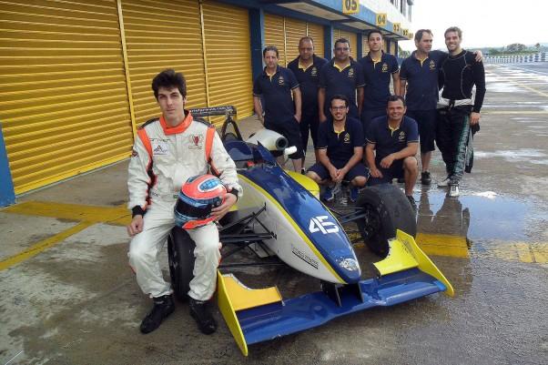 Forcolin e a equipe Cesário F3.